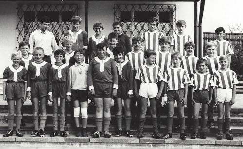 Die 2 Schülermannschaften 1969