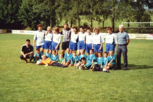 F2- Muttis 2001